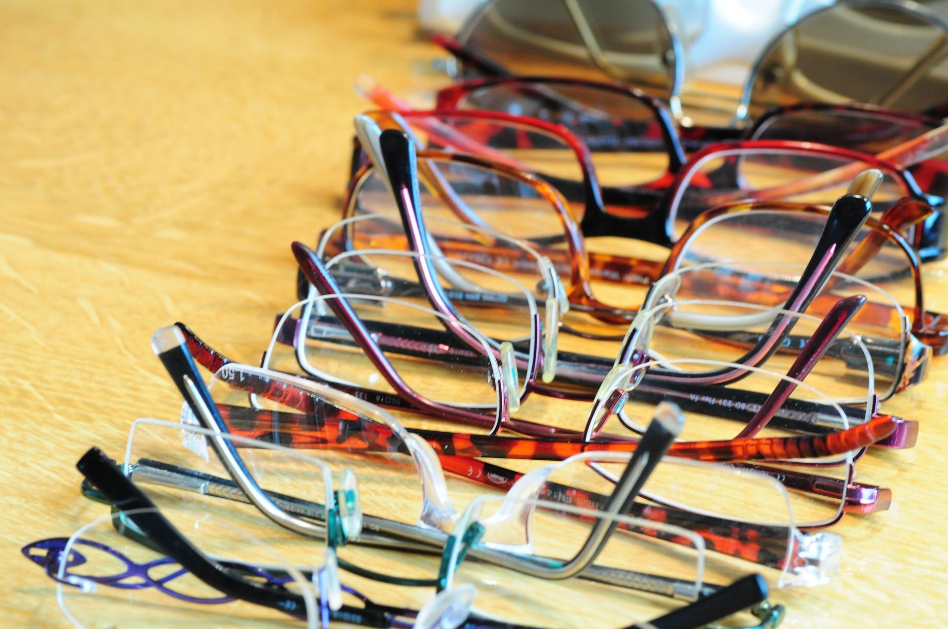 Trouver un opticien-visagiste à Aix en Provence pour faire le bon choix de  lunettes. novembre 13 ... fc28da778ba2